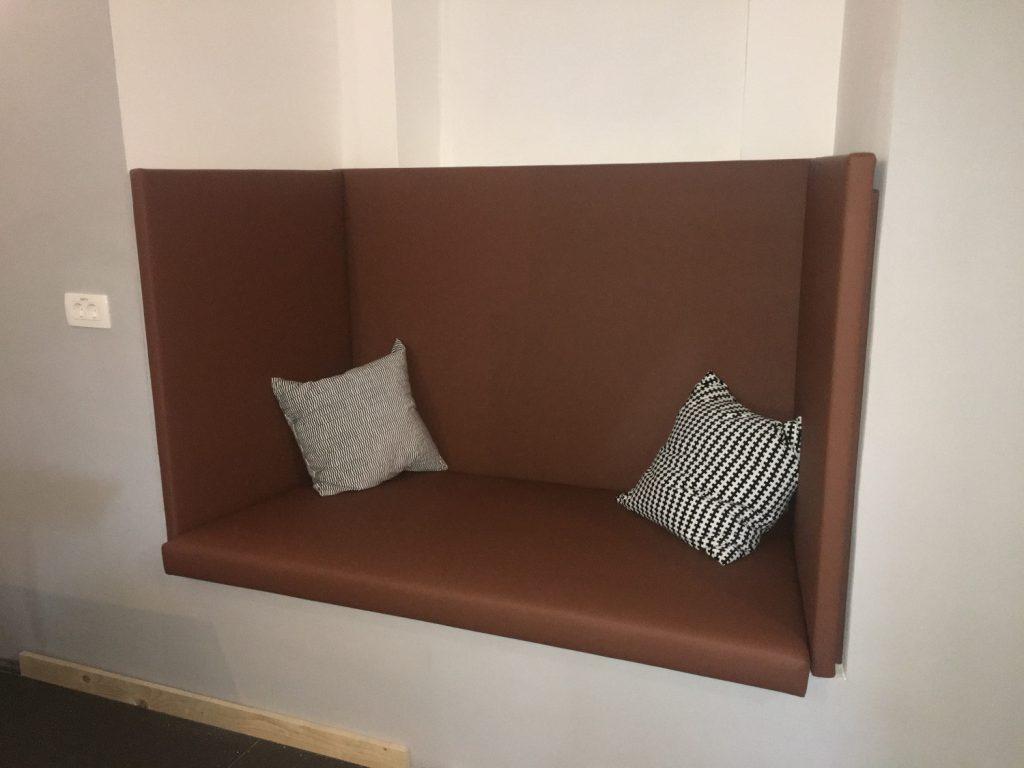 Oblazinjeno pohištvo po meri